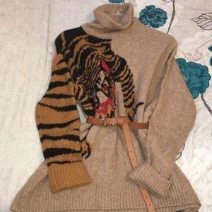 Super Oversized Tiger Sweater